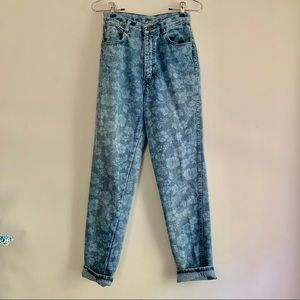 Vintage Gitano • Floral Print Mom Jeans